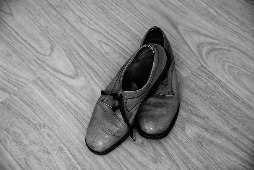 汚れた 靴